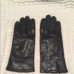 Rich brown leather gloves